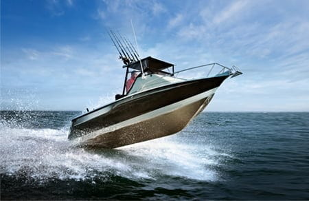 Throw Rooster Trail speedboat