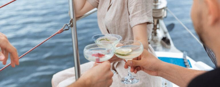 how does the effect of alcohol while boating compare to its effect while on land