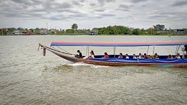 boat maintaining max weight capacity