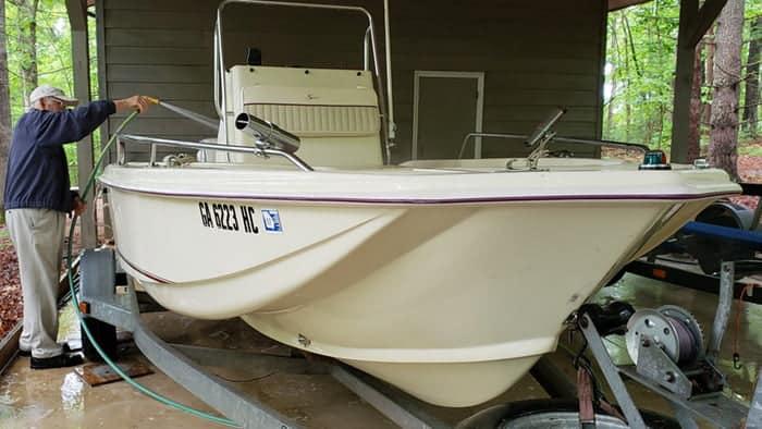 fiberglass cleaner for boat